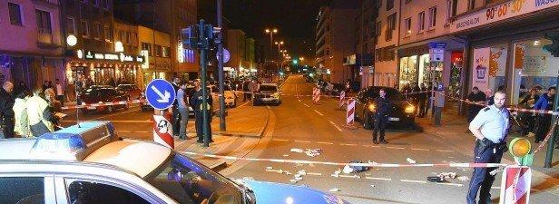 "Blutige Gewalt und Krawalle erschüttern Essener Innenstadt | <span class=""caps"">WAZ</span>.de"